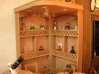 Muebles y mas muebles muebles for Bar de madera rustico esquinero