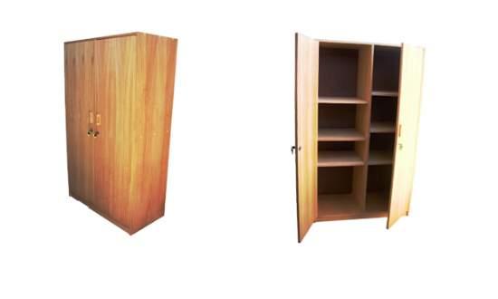Estantes muebles estantes estanter as escritorios mesas mesones for Muebles de oficina con llave