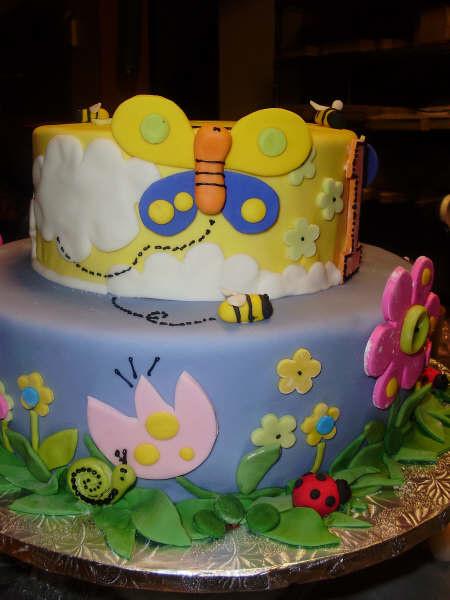 Tortas decoradas con flores y mariposas - Imagui