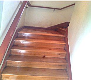 Pulido y vitrificado de escaleras de parquet y madera - Como se hacen escaleras de madera ...