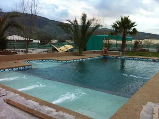 Piscinas de hormigon piscineria for Fabricacion de piscinas de hormigon