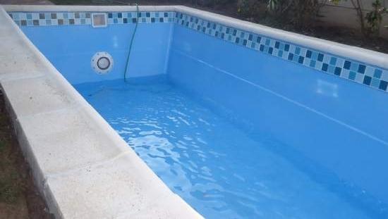 Piscineria venta piscinas de for Fabricacion de piscinas