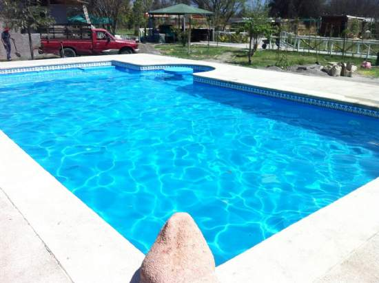 Piscineria venta piscinas de for Valores de piscinas de hormigon