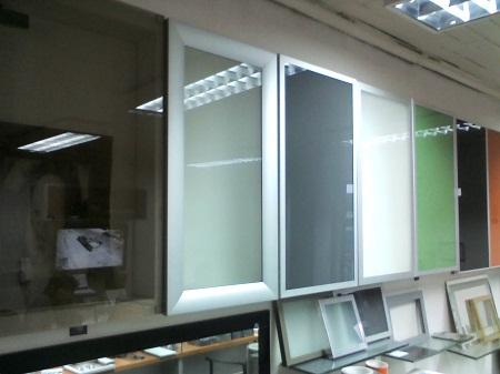 Muebles de cocina closet muebles for Muebles de cocina con puertas de cristal