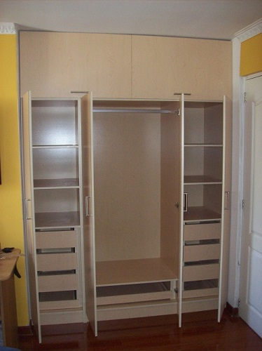 Muebles de cocina closet muebles for Closet rusticos