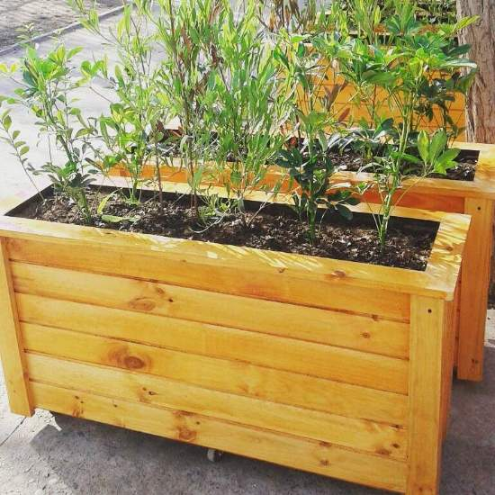 Maceteros esquineros huertos - Maceteros de madera para exterior ...