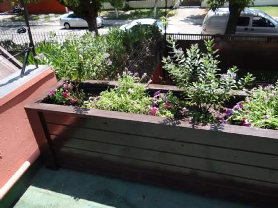 Maceteros esquineros huertos for Jardines pequenos esquineros