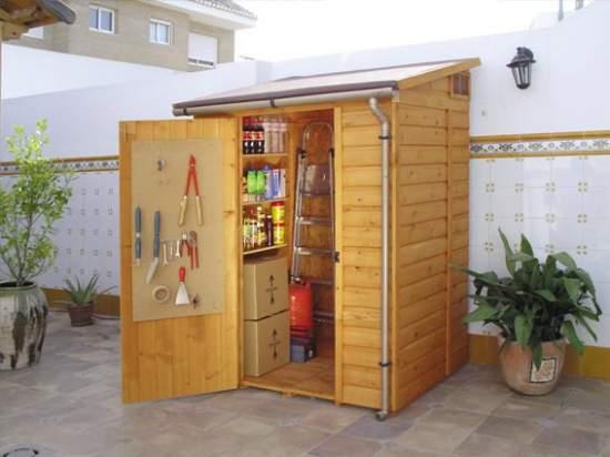 Bodegas para jard n bodegas de for Comprare una casa di legno