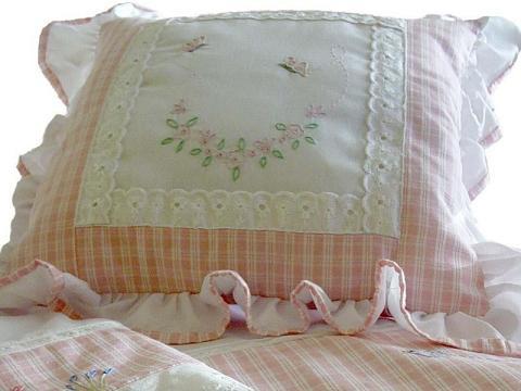 Cojines bordados para beb imagui - Cojines para bebes ...