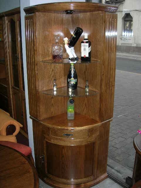 Esquinero muebles finos madera for Bar madera esquinero